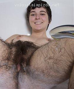 Волосатая девушка