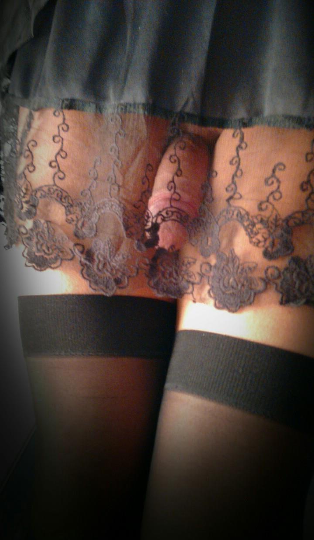 Голая телка транс и черные чулки