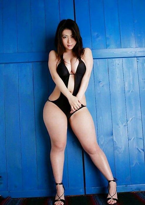 Тайская красотка  в теле