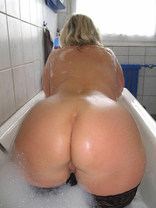 Большая мыльная жопа
