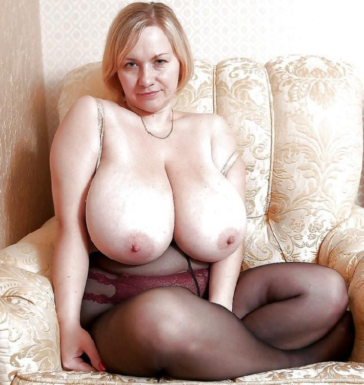 Огромные сиськи женщины