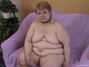 Порно картинки Ласкает пизду толстой скачать бесплатно