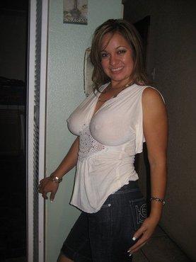 Огромная грудь зрелой красотки