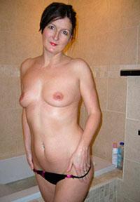 Порно картинки Стройная зрелая милашка скачать бесплатно
