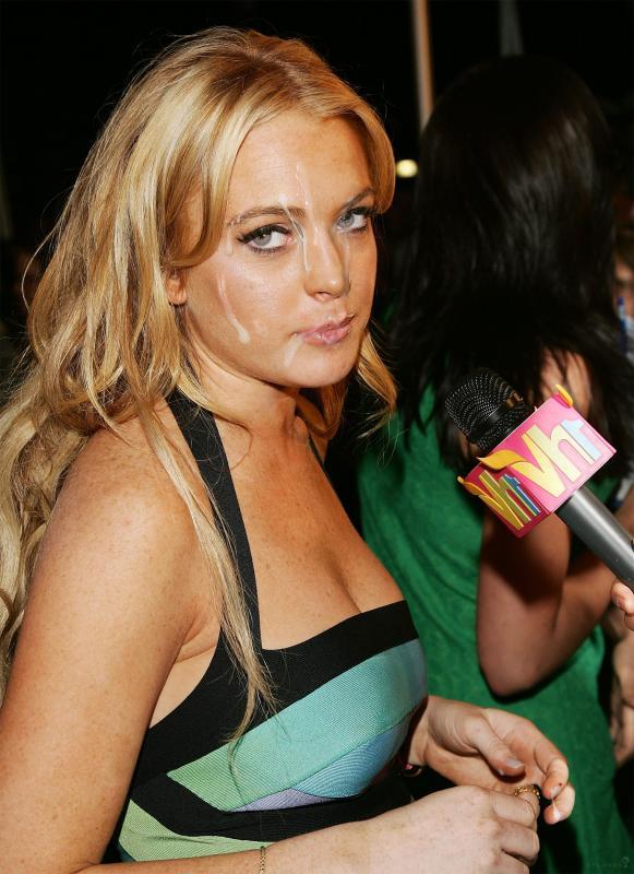 Lindsey Lohan обкончали личико