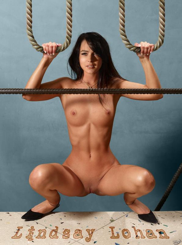 Lindsey Lohan голая в спортзале