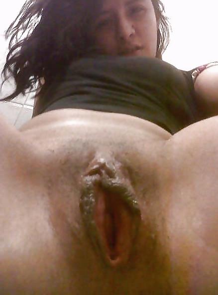 Порно картинки Вкусная киска молодой девушки скачать бесплатно