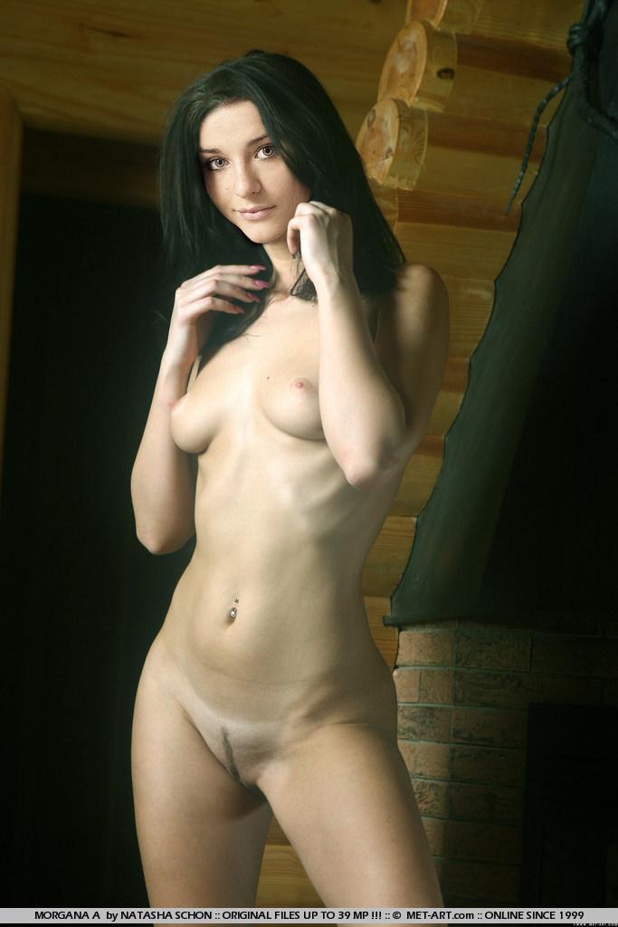 Порно картинки Даша Мельникова голая в стойке скачать бесплатно