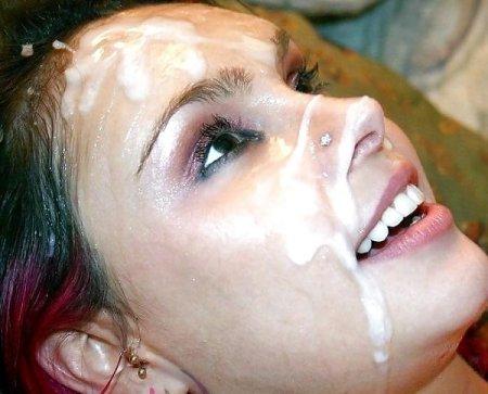 Лицо милашки в сперме