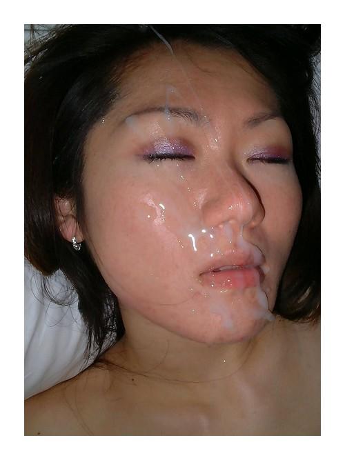 Кончил спящей на лицо